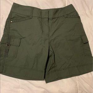 White House Black Market  Green Cargo Shorts 2